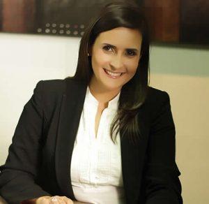 Asociada Senior del estudio jurídico Gómez-Pinzón Abogados