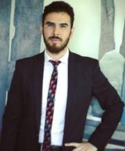 Víctor Alé, abogado