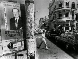 Crisis política: Afiche publicitario de Stroessner